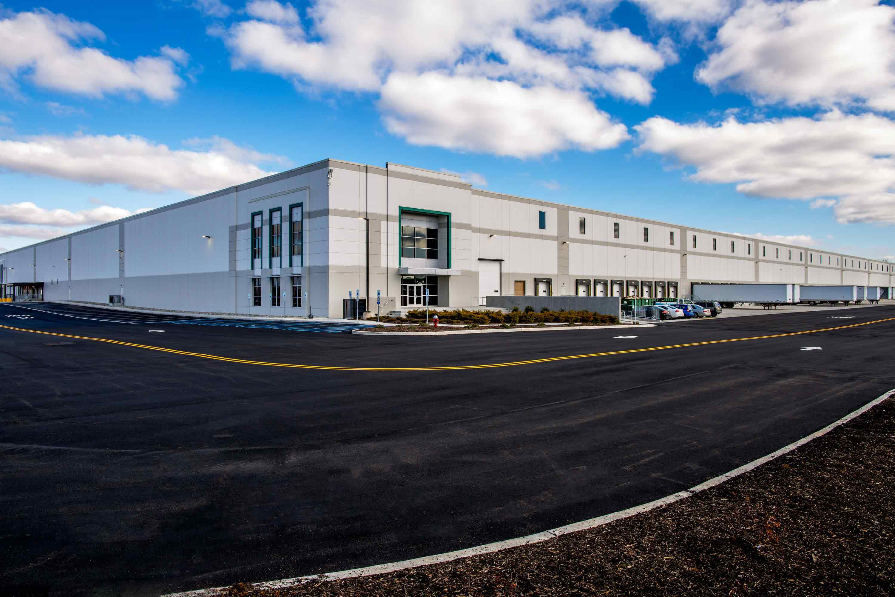 Build to suit for fedway associates prologis for Building a house for 250k